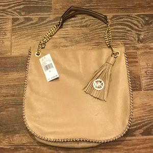 New With Tags Michael Kors Whipped Chelsea Bag